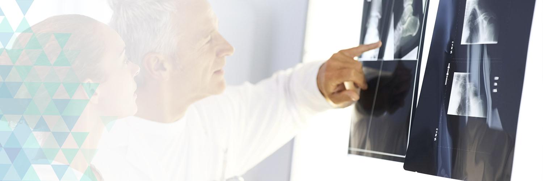 15 anos <span>de exelência nos serviços de Ortopedia</span>